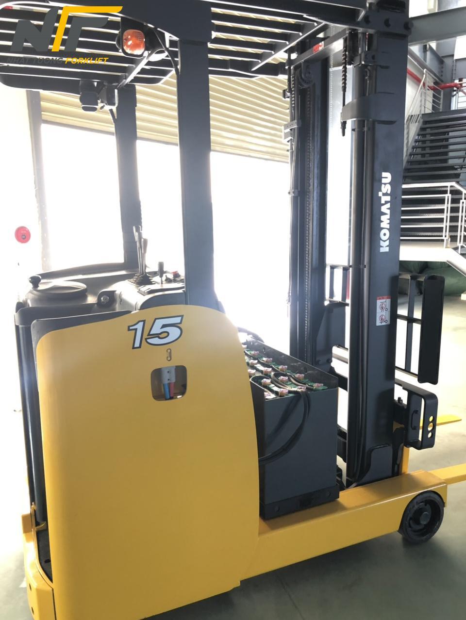 Xe nâng điện đứng lái 1,5 tấn KOMATSU FB15RL-15-NT20134M
